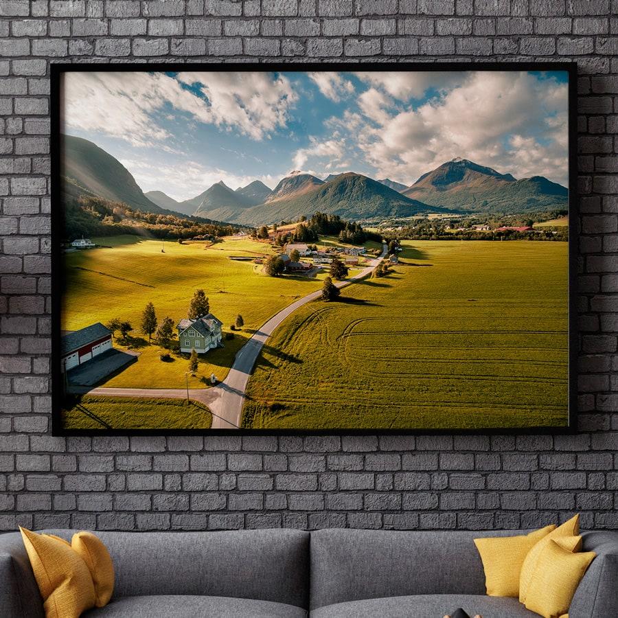 """Bildet av Tresfjord i Møre og Romsdal av fotograf Zbigniew """"Ziggi"""" Wantuch"""
