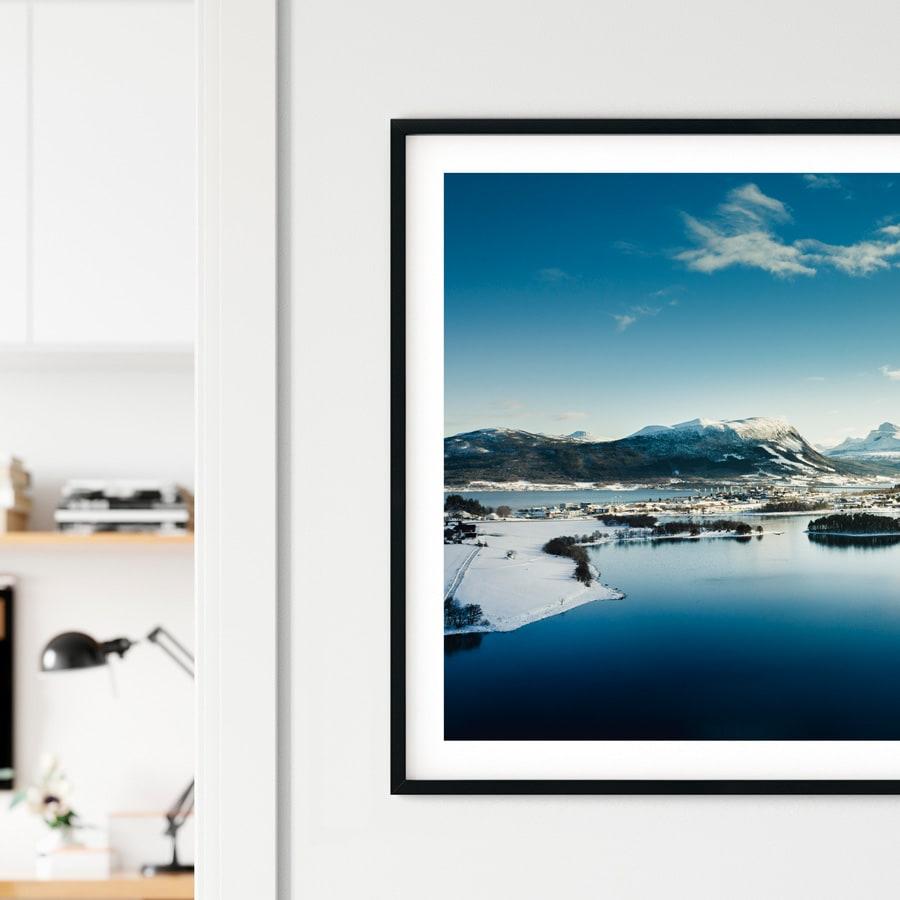 Flatevågen på Vestnes i Møre og Romsdal fylket - fotografert med drone av Zbigniew Ziggi Wantuch